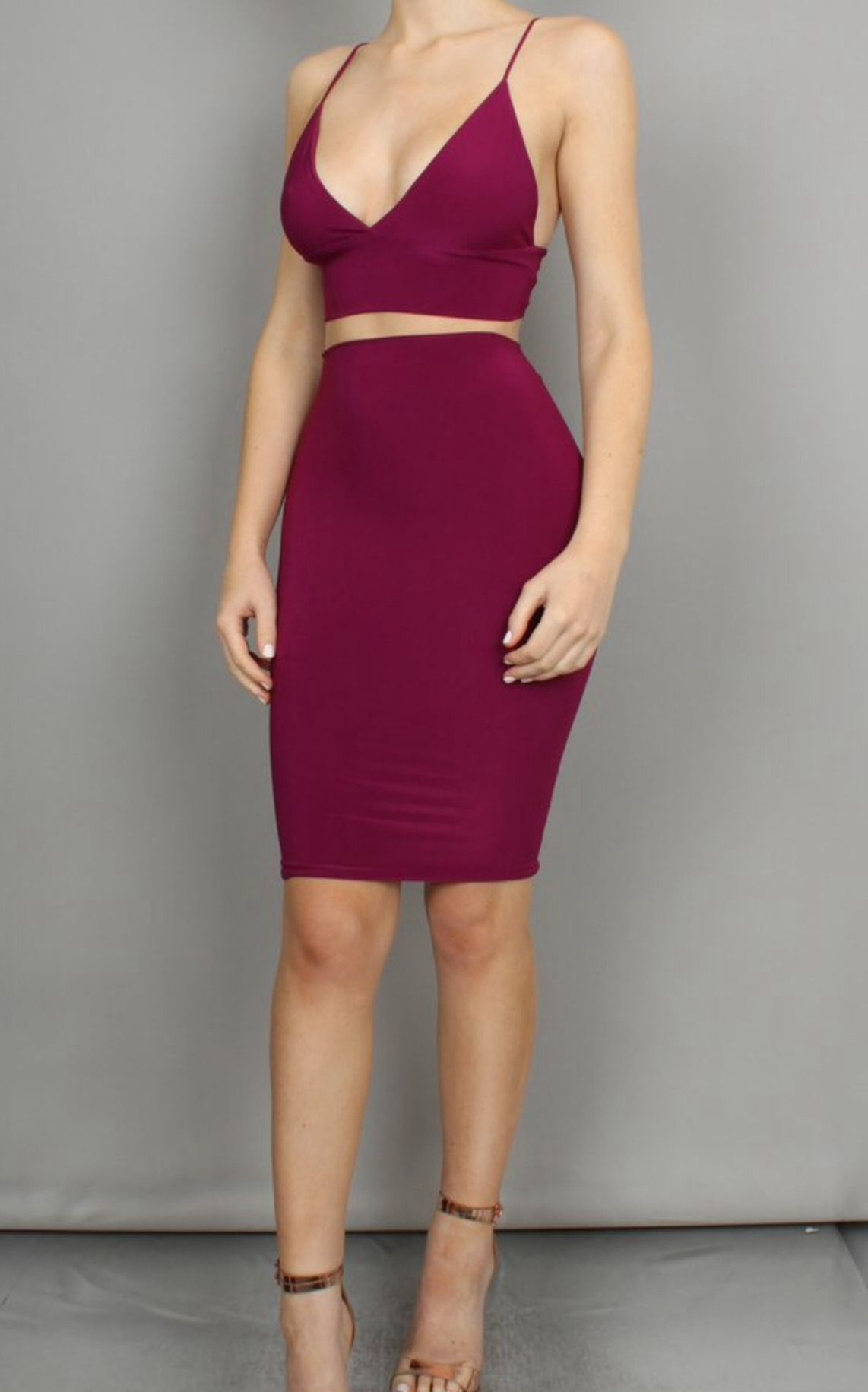 Pin By Lesley Nunez On Outfits Fashion Bodycon Dress 2 Piece Outfits [ 1831 x 1142 Pixel ]