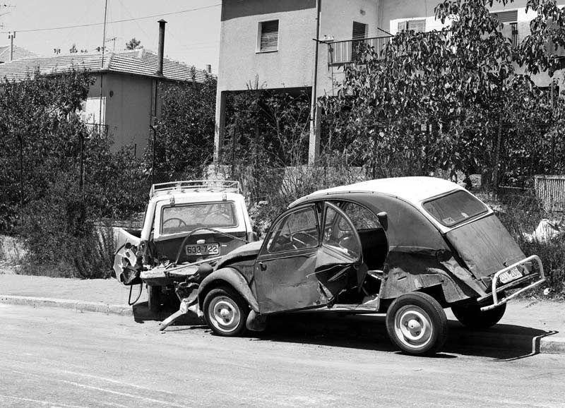 pingl par thierry bravet sur 2cv choc motor car vintage cars et cars. Black Bedroom Furniture Sets. Home Design Ideas