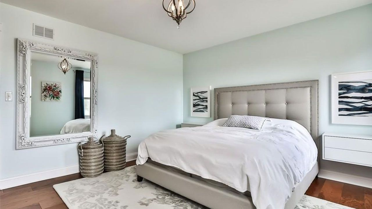 What Color Goes With Light Blue And Rectangular Wall Mirror Colorschemes Homecolors Bedroomideas Bedroomcolo Mirror Wall Home Colour Selection House Colors Rectangular room paint color