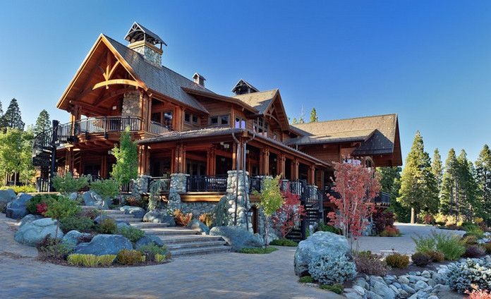 These Rustic Luxury Houses Are Stone And Wood Perfection 30 Photos Suburban Men Luxury Homes Dream Houses Rustic House Mountain Home Exterior