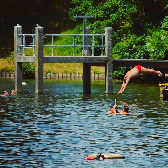 Before Entering Highgate Mens Pond Via A Wooden Jetty You -6769