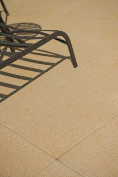 Dalle gravillonnée béton pressé Hera beige - 50x50 cm ép 4 cm - Dalle De Beton Exterieur