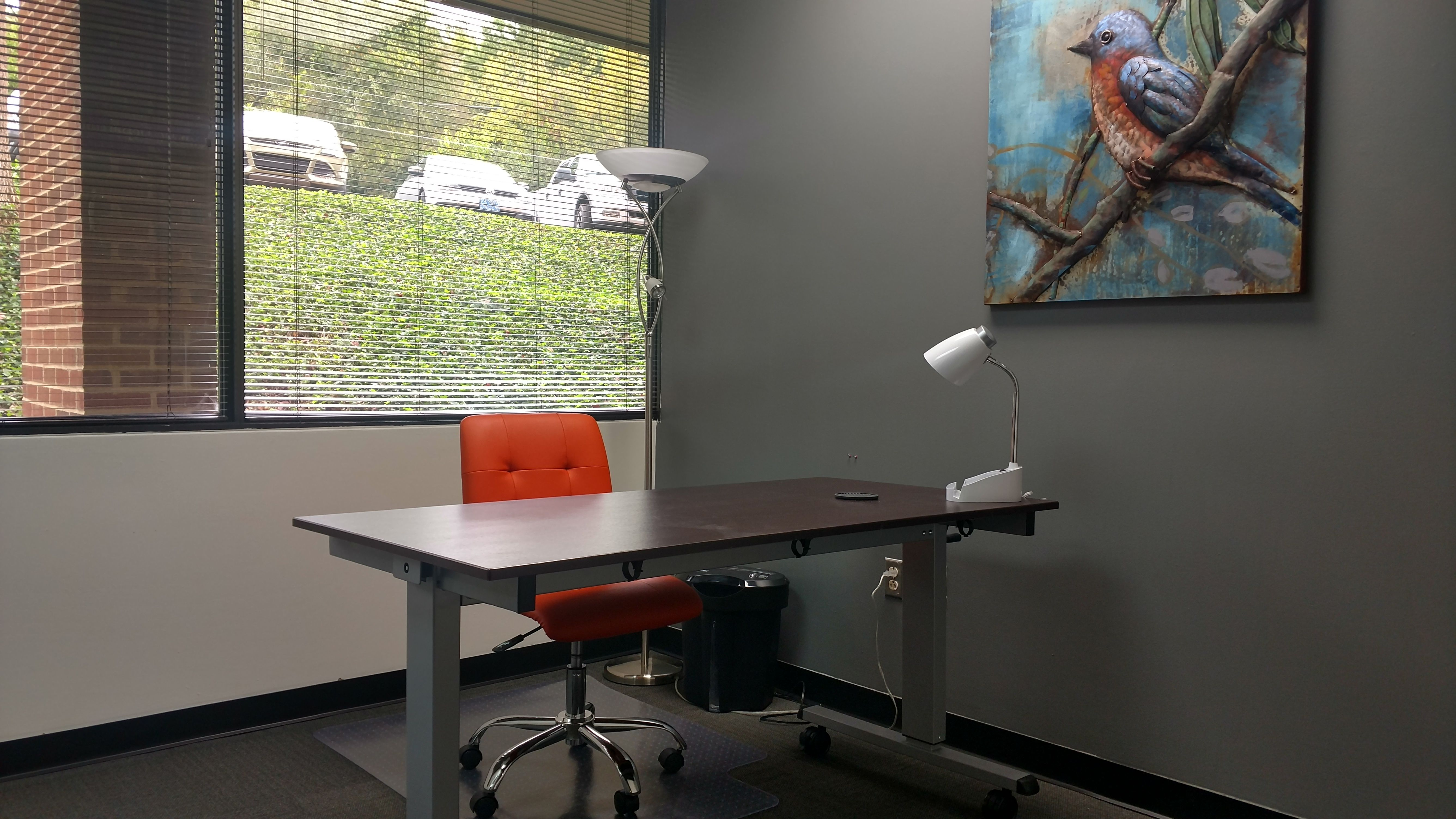 Furnished Private Window Office At Perimeter Park Executive Center # Nashville