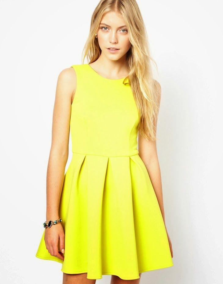 Vestito giallo pastello