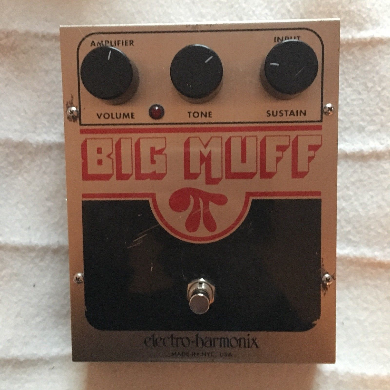 Ehx Big Muff Pi Fuzz Guitar Effects Pedal With Power Supply Electro Harmonix Effect Usa