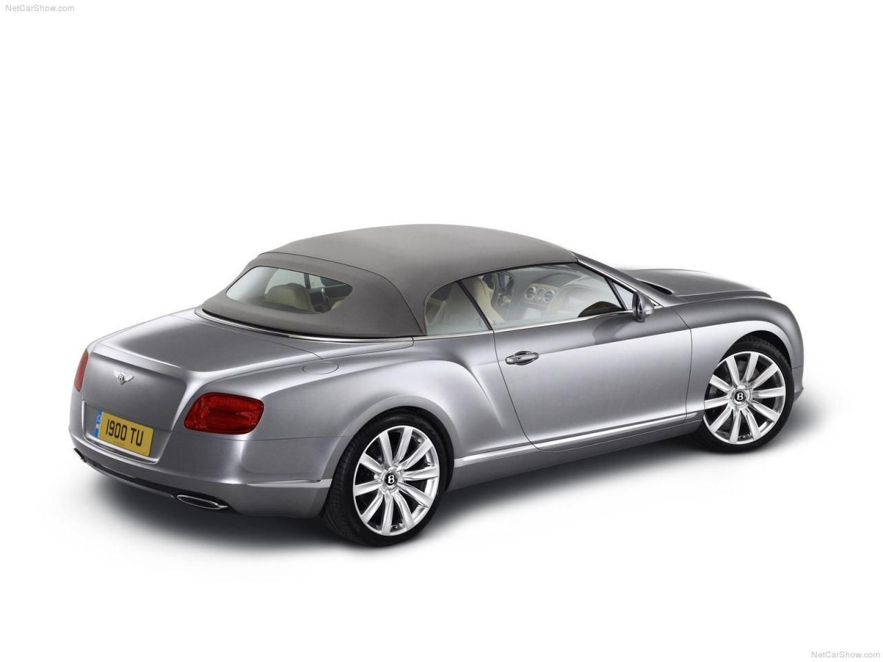 2018 2019 bentley continental gt v8 the new coupe and 2018 2019 bentley continental gt v8 the new coupe and convertible 2018 2019 bentley continental bentley pinterest bentley continental gt bentley vanachro Images