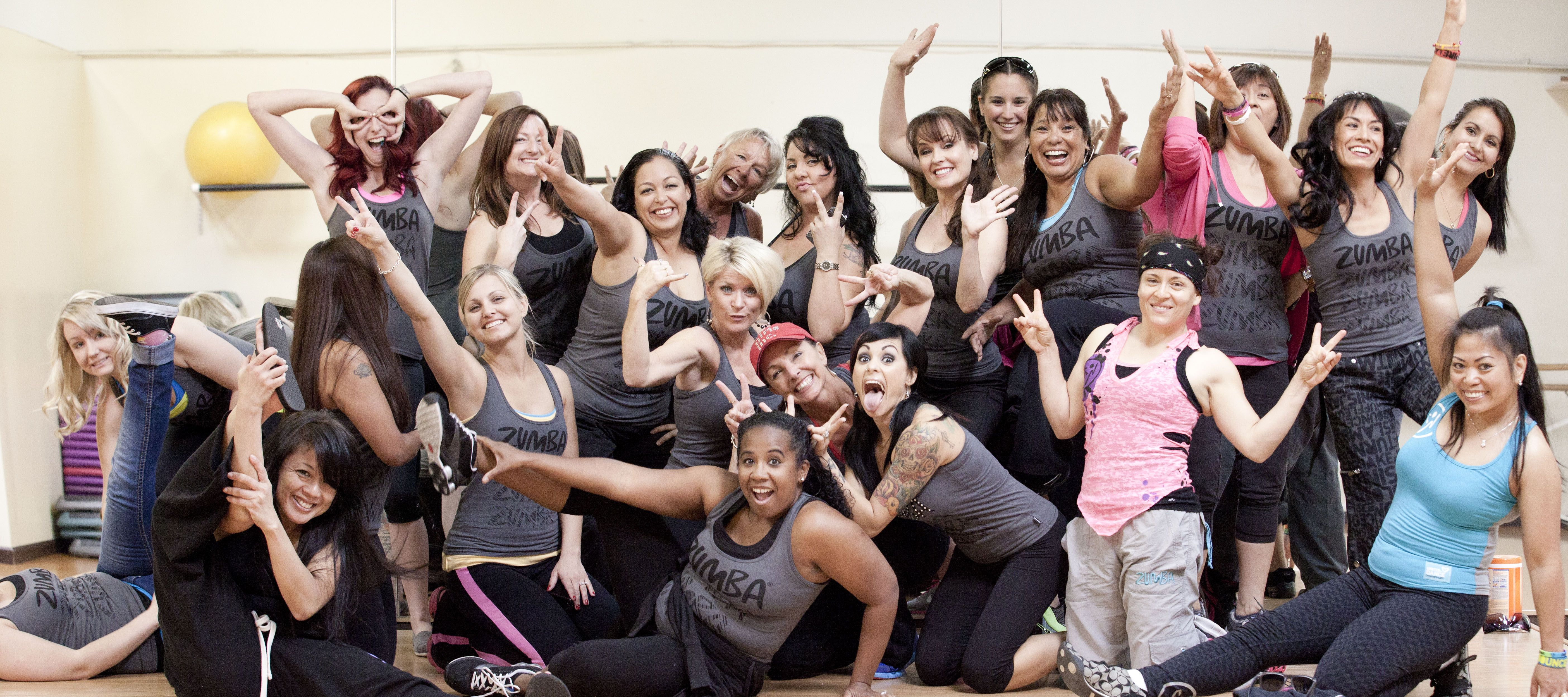 Excited temecula zumba peeps about to leave for los