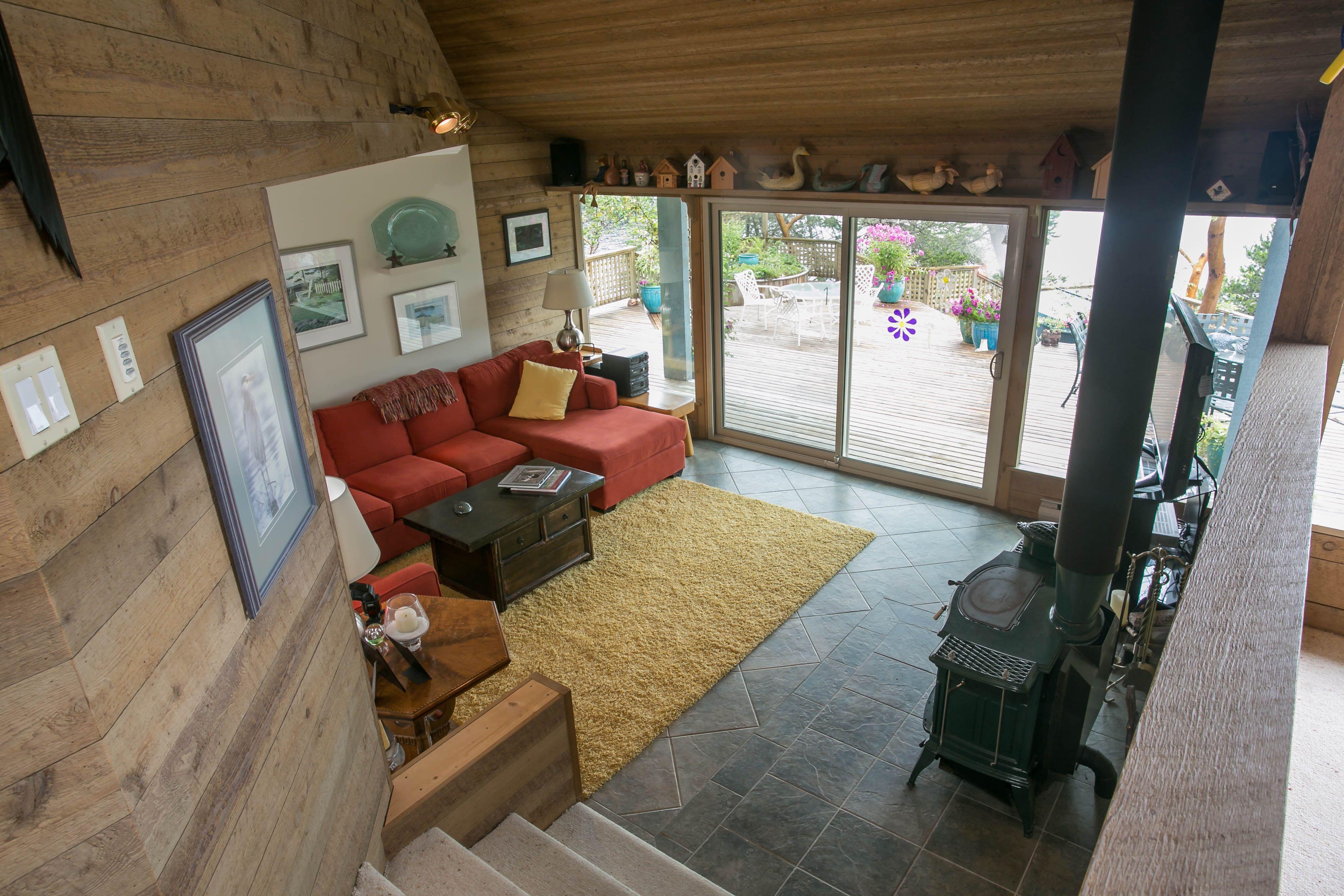 Main House Sunken Lounge Room Lamb Island B.C