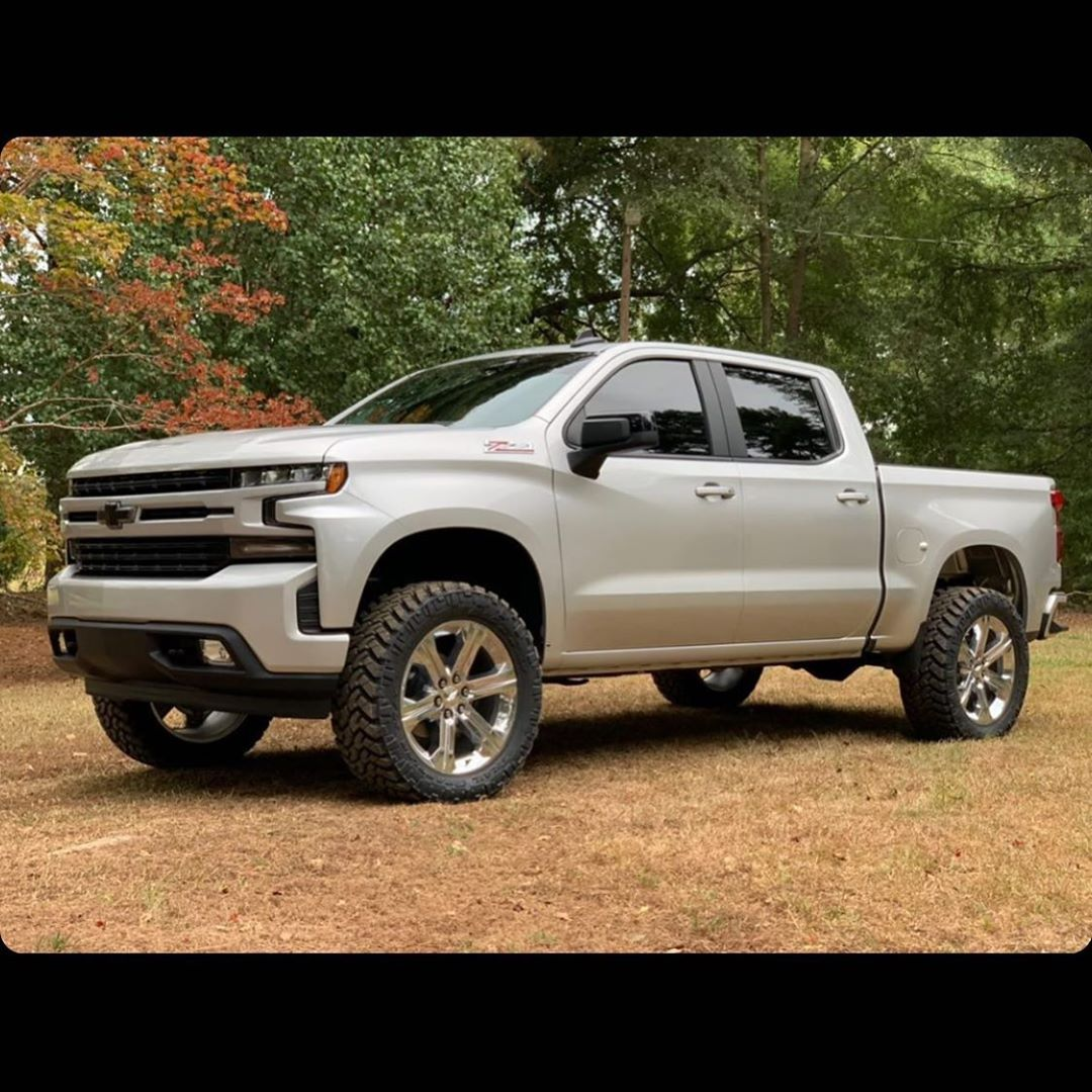 Danielaguilar18 S 2019 Silverado Rst With Our Readylift 4 Sst