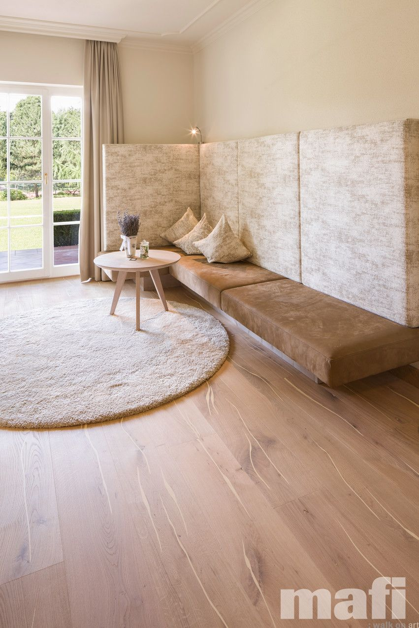 Traditional solid hardwood floors are comprised of a single piece of