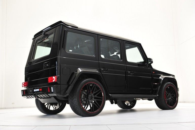 The BRABUS 800 iBusiness is based on the Mercedes Benz G 65