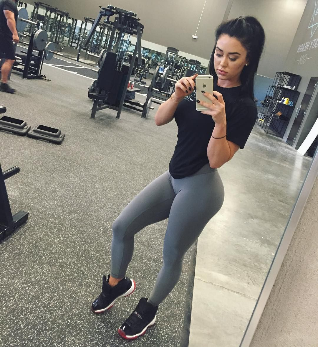 Yoga Pants Katie: Girls In Leggings, Fitness