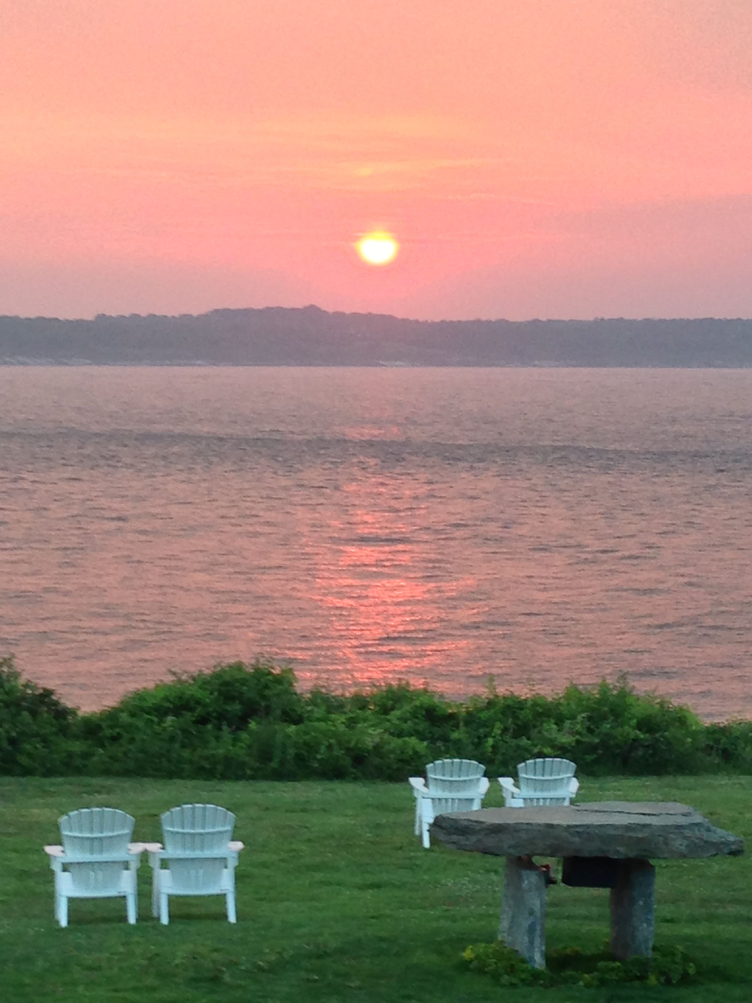 the lawn at castle hill inn newport ri the best sunset in the rh pinterest com
