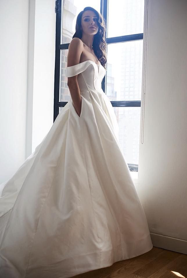 fall bridal party pictures%0A NOVA gown by Kelly Faetanini Fall       ballgown  weddingdress  queen    Modern Weddings   Pinterest   Gowns  Wedding dress and Bridal gowns