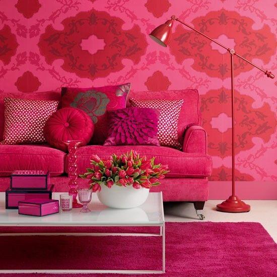 Rosa Blumenmuster Wohnzimmer