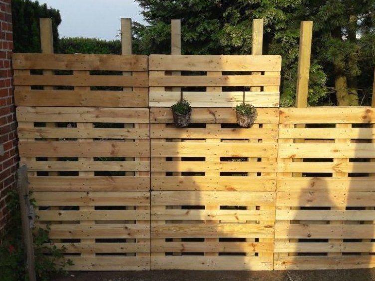 Paletten Recycling Sichtschutz Bauanleitung Zum Selberbauen Deine Heimwerker Community P In 2020 Gartengestaltung Ideen Diy Gartenprojekte Diy Gartendekoration