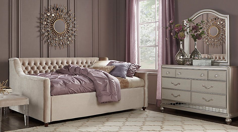 Sofia Vergara Petit Paris Champagne 4 Pc Twin Bedroom With Daybed