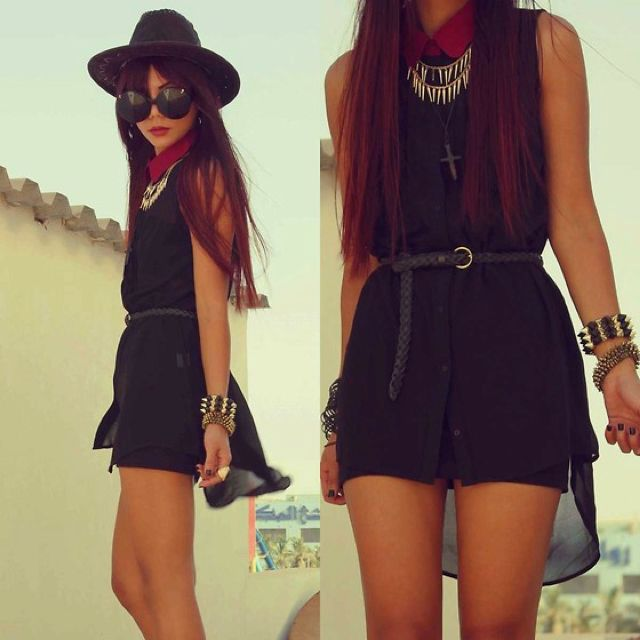 Black style, elegant and Rock N Roll at the same time.