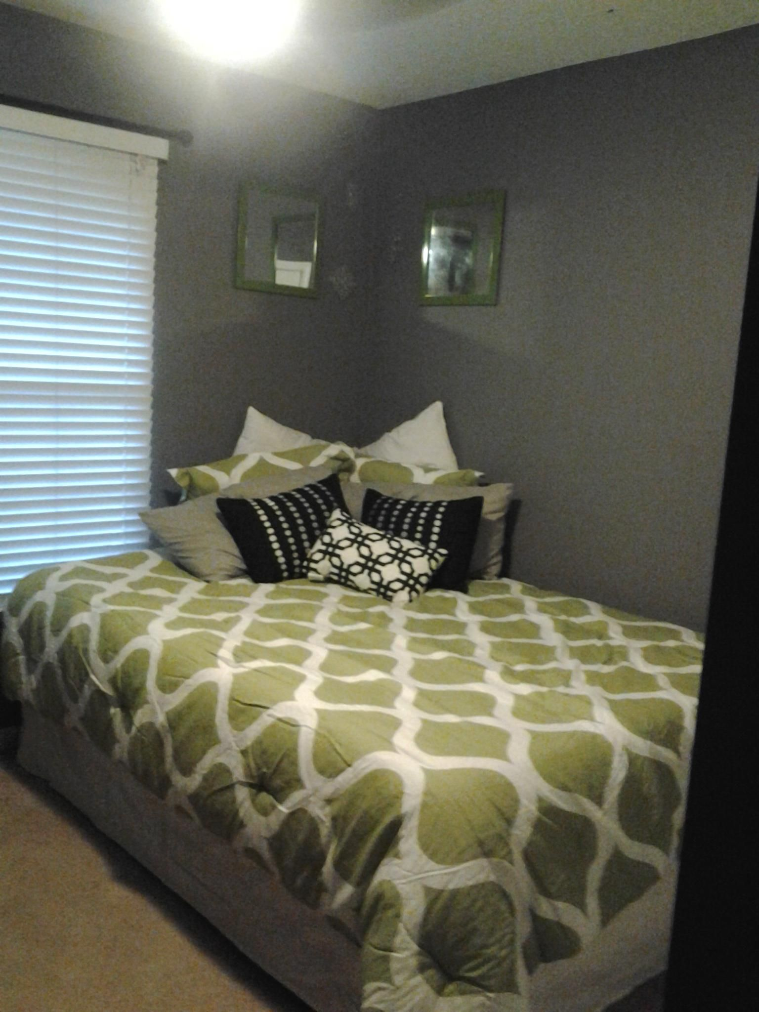 Bed in guest room/ craft room | In and around the house | Pinterest