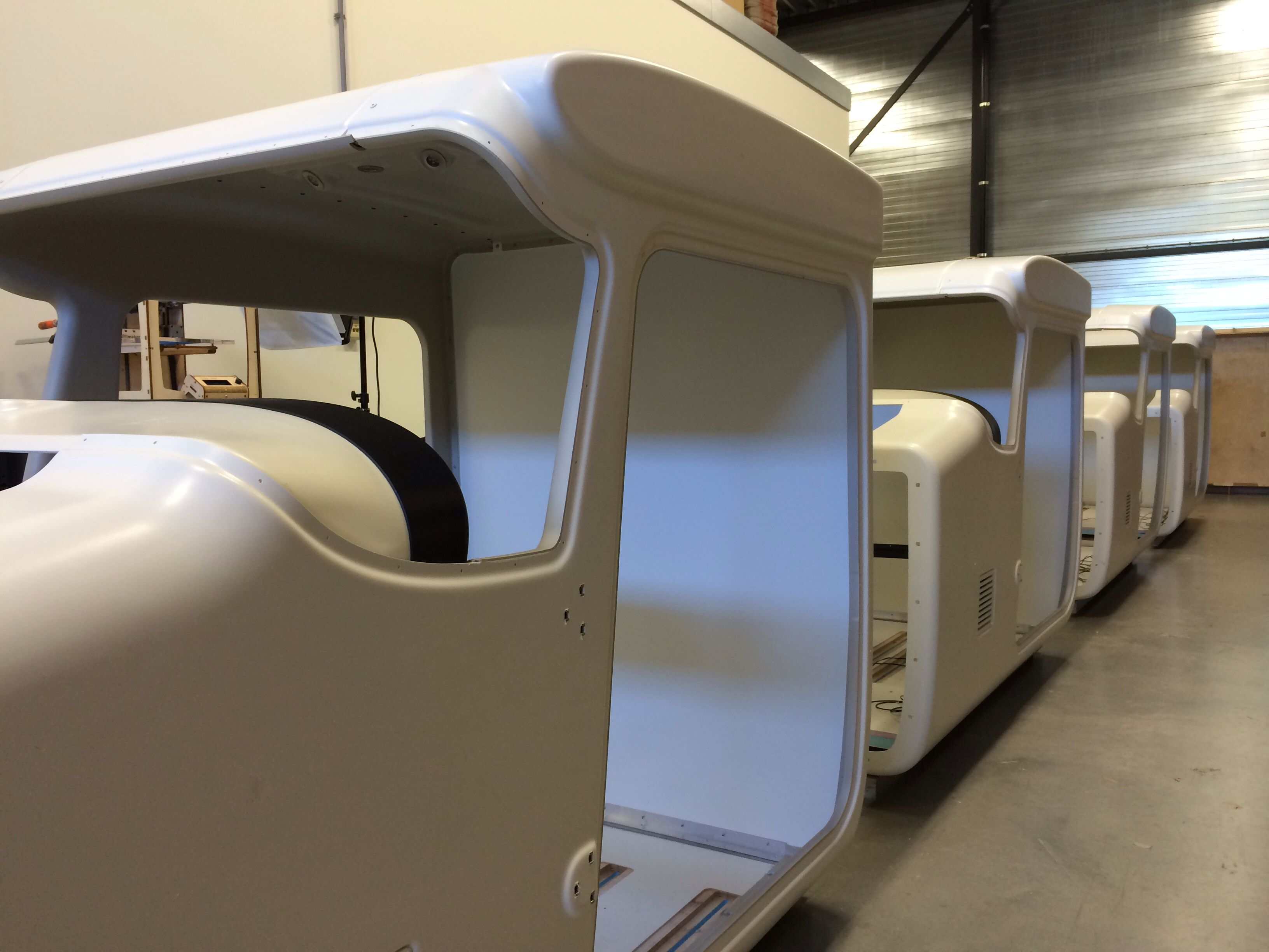 Building trc 472f flight simulator cabins based on the for Online house builder simulator