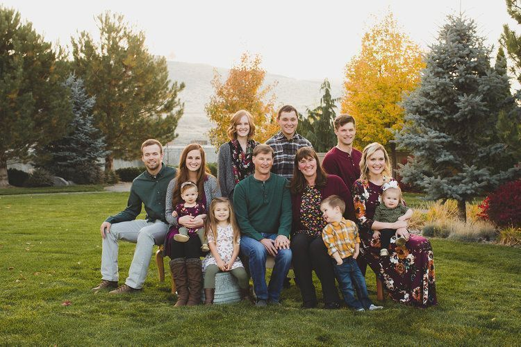 TRI-CITIES FAMILY PHOTOGRAPHER // VALERIO EXTENDED FAMILY ...