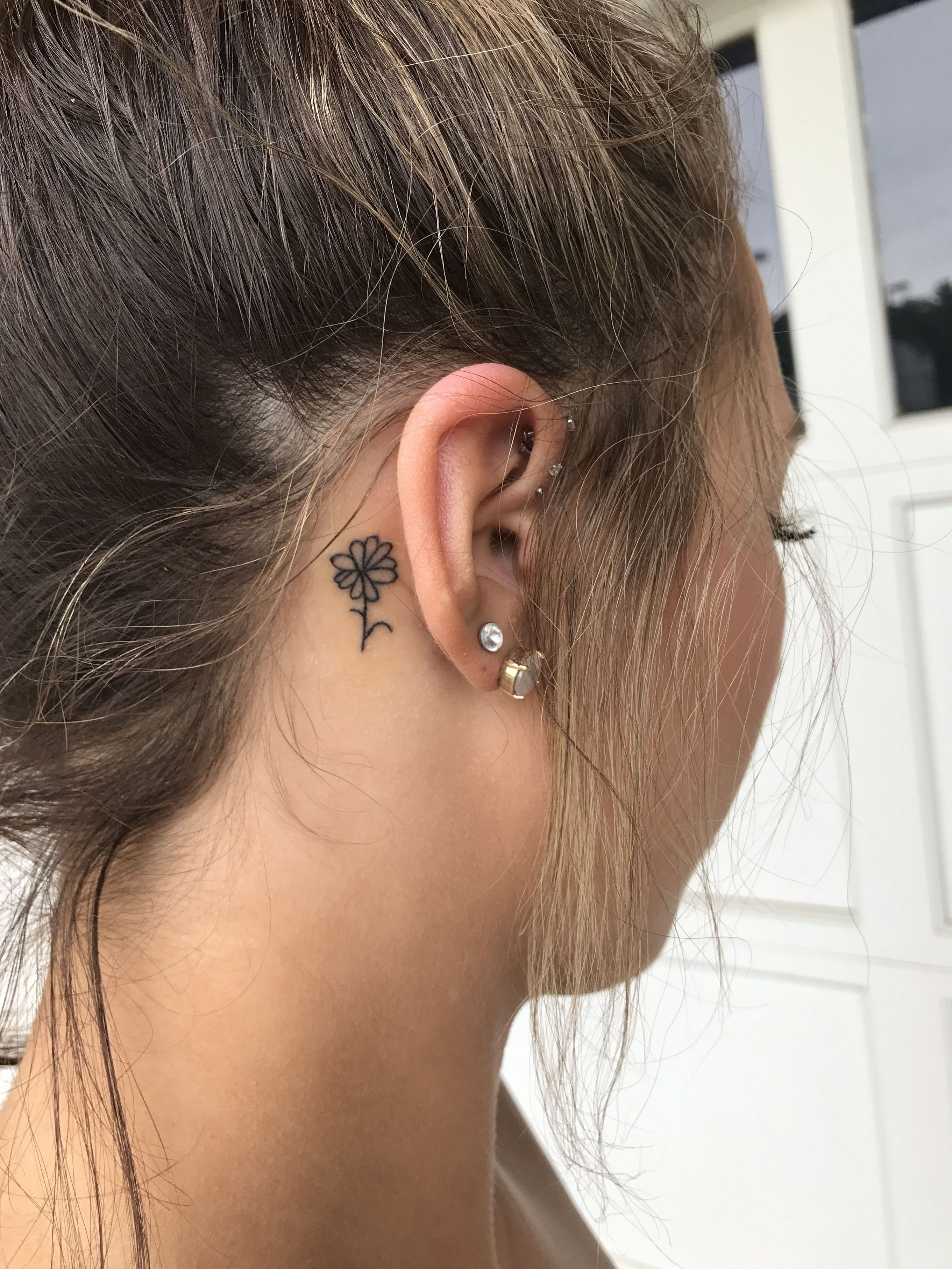 Piercing names body   inspiration for cute simple mini flower tattoo ideas  Tattoos