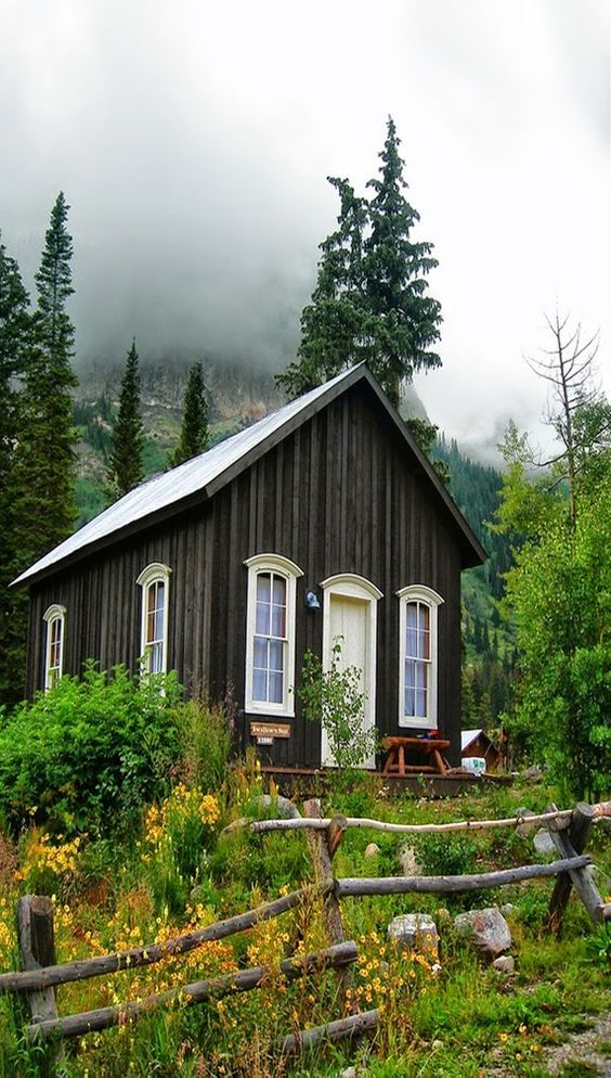 Top 10 Tiny Homes By One Green Bicycle Tiny Cottage Small House Small Cabin