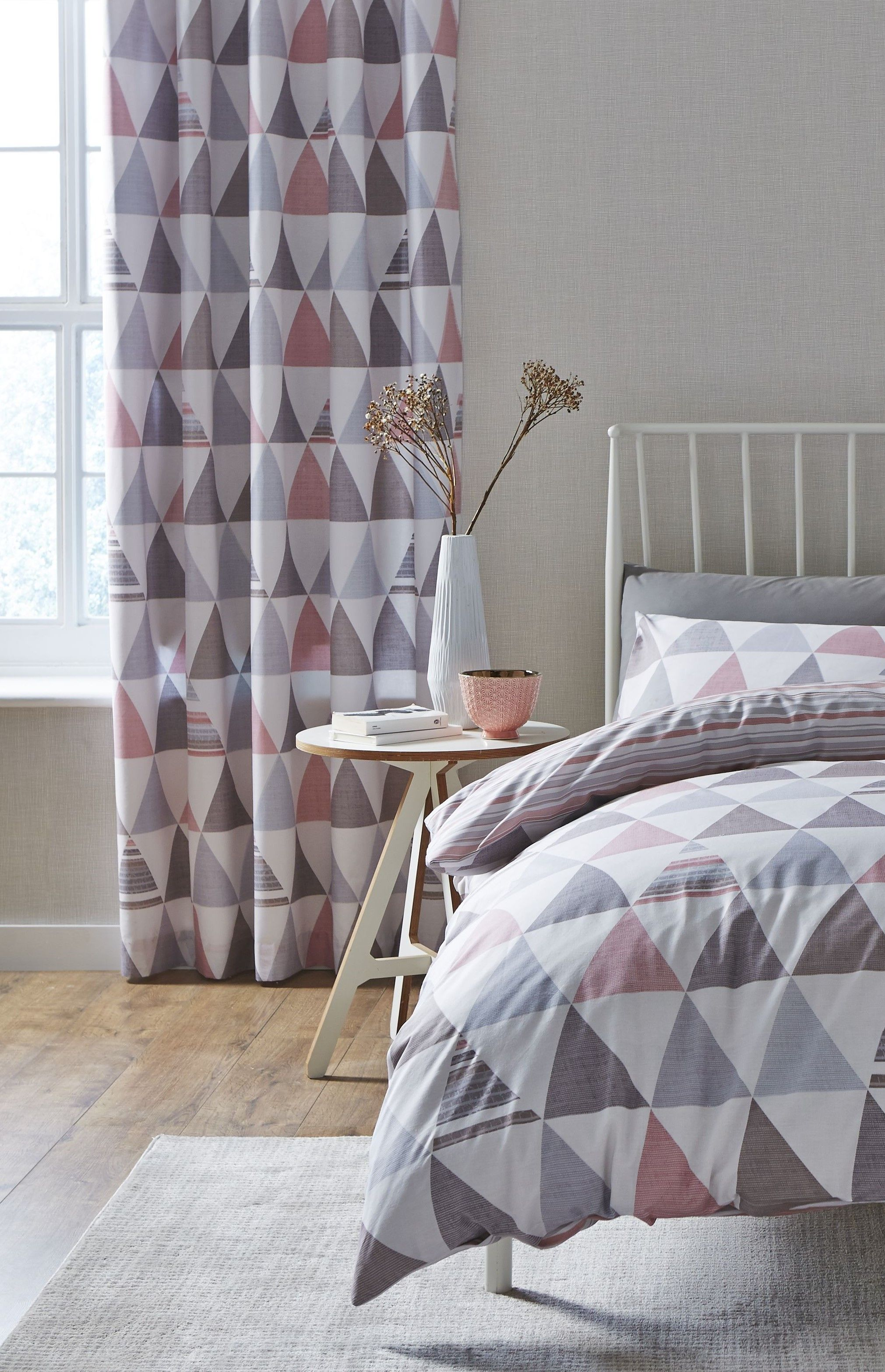 Scandi Geo Single Panel In Grey And Dusky Pink