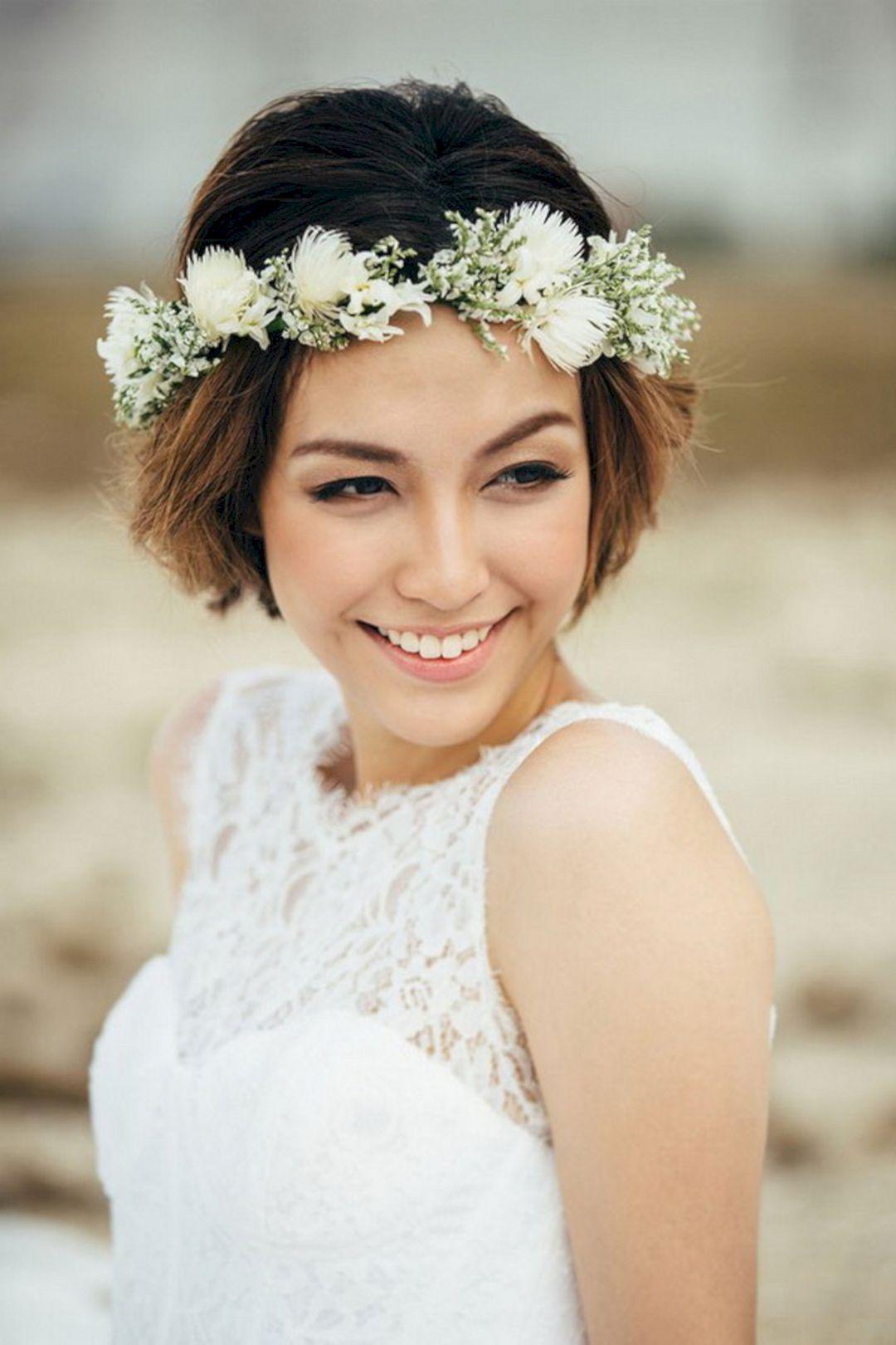 20 Best And Wonderful Wedding Short Hairstyles Design Ideas Short Hair Bride Short Wedding Hair Flower Crown Hairstyle [ 1620 x 1080 Pixel ]