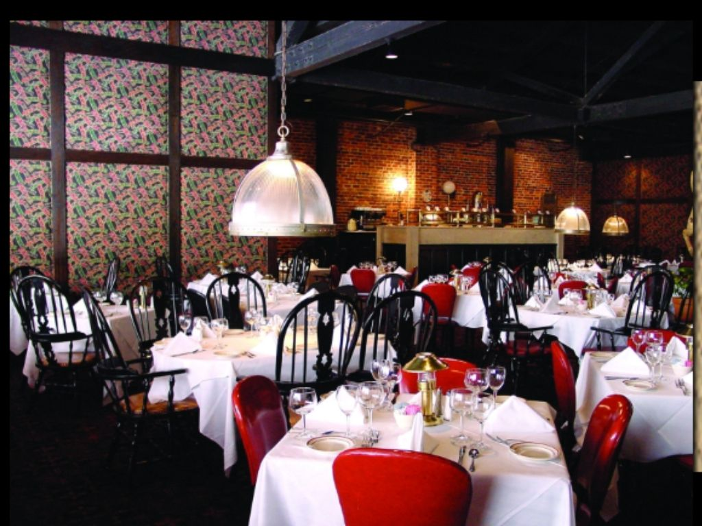 Daileys Restaurant Downtown Atlanta Places We Have Been