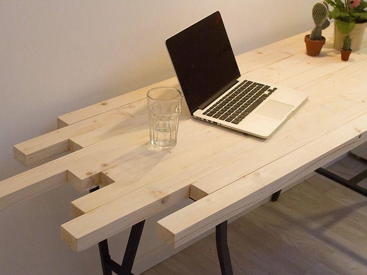 Sehr DIY-Anleitung: Schreibtisch mit auslaufenden Enden aus Holzlatten RP99