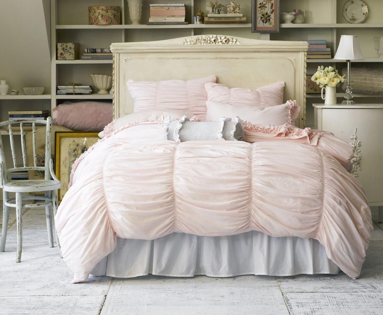 Be Unique With Your Shabby Chic Bedding