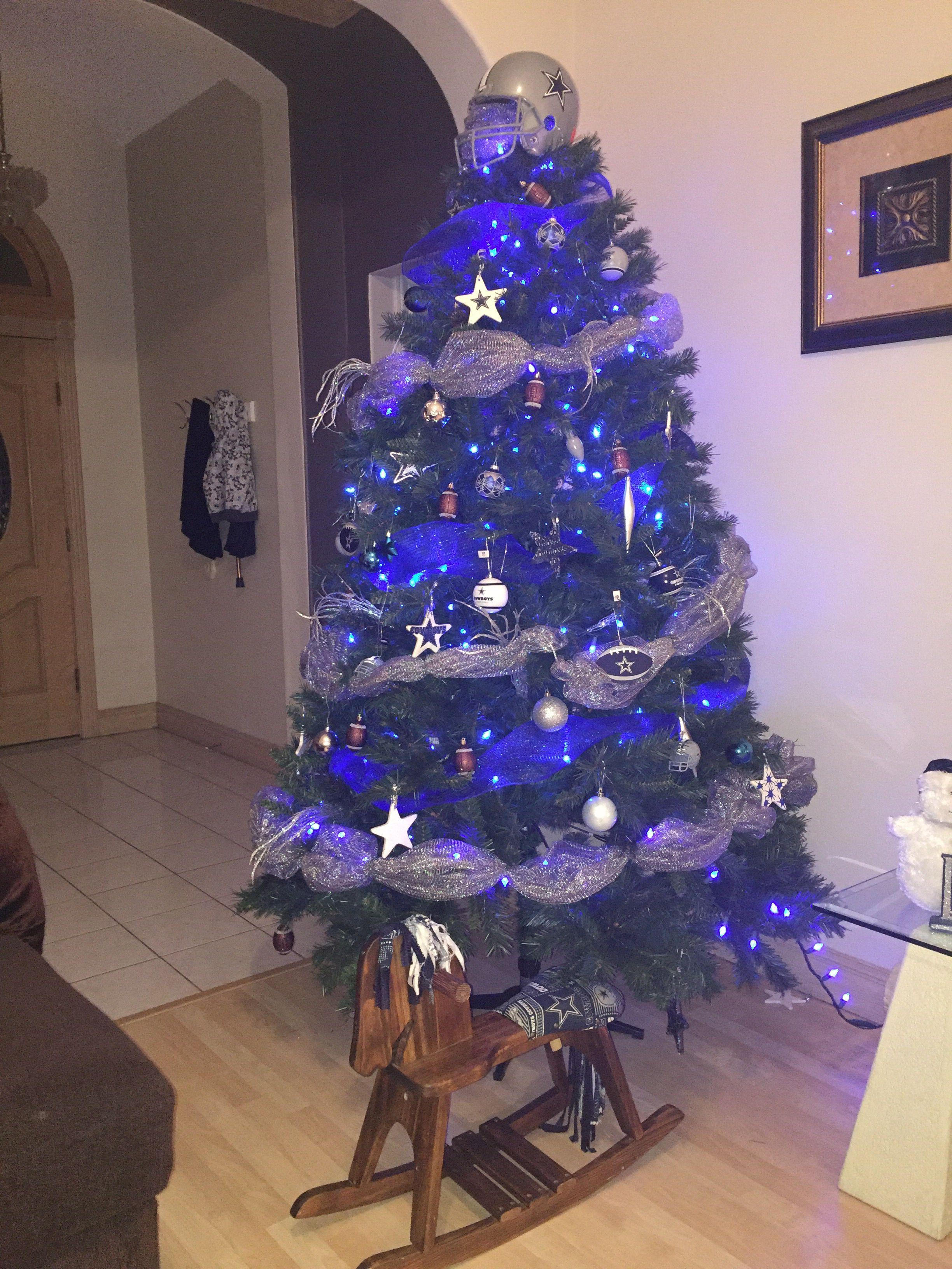 dallas cowboys themed christmas tree christmas door decorations christmas tree themes cowboy christmas