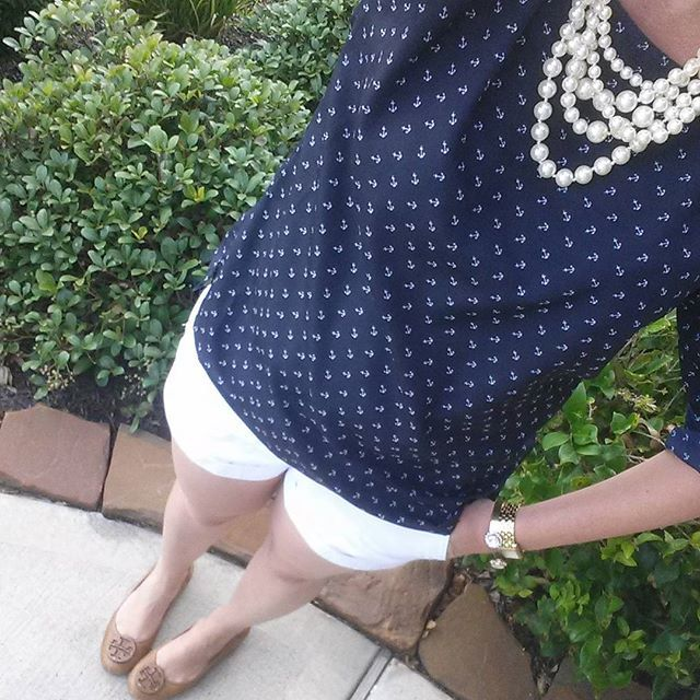 Lindsay @pearlsandwhimsy White pearls, sho...Instagram photo | Websta (Webstagram)