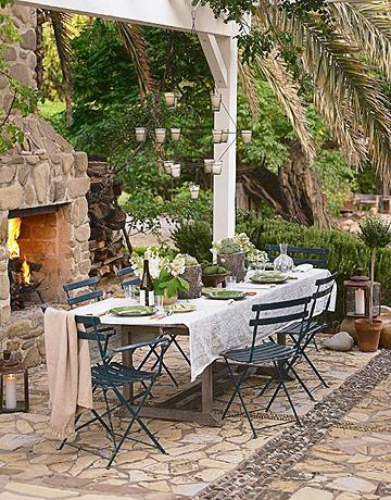 i would love to have an outside fireplace repas jardin jardin interieur meuble jardin