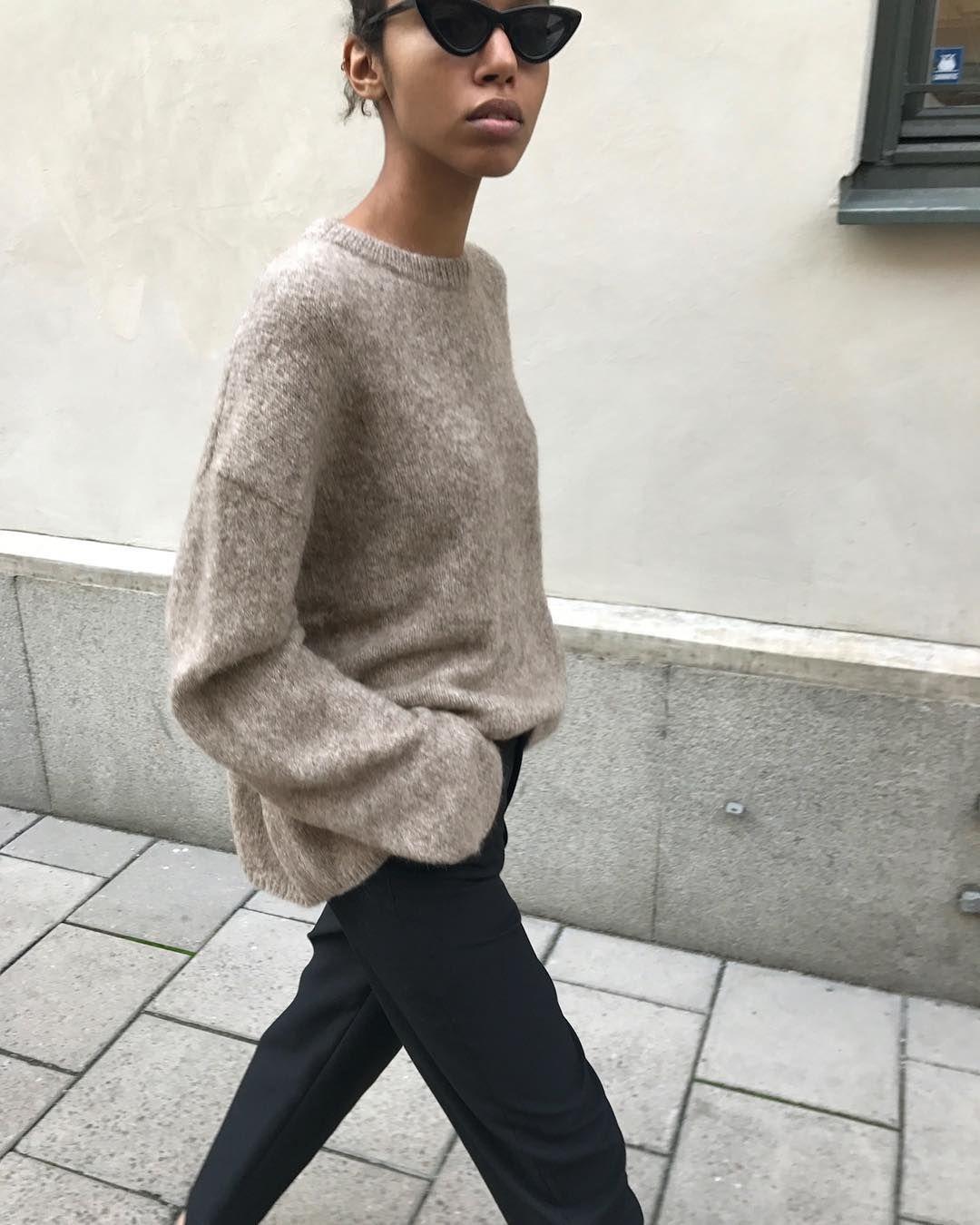 """4,793 свиђања, 43 коментара - totême (@toteme) у апликацији Instagram: """"Introducing – Biella knit. Available now at toteme-nyc.com #toteme"""""""