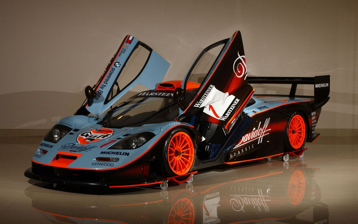 Le Mans McLaren F1 racing F1 GTR coupe Warsteiner | Gorgeous F1 Cars ...