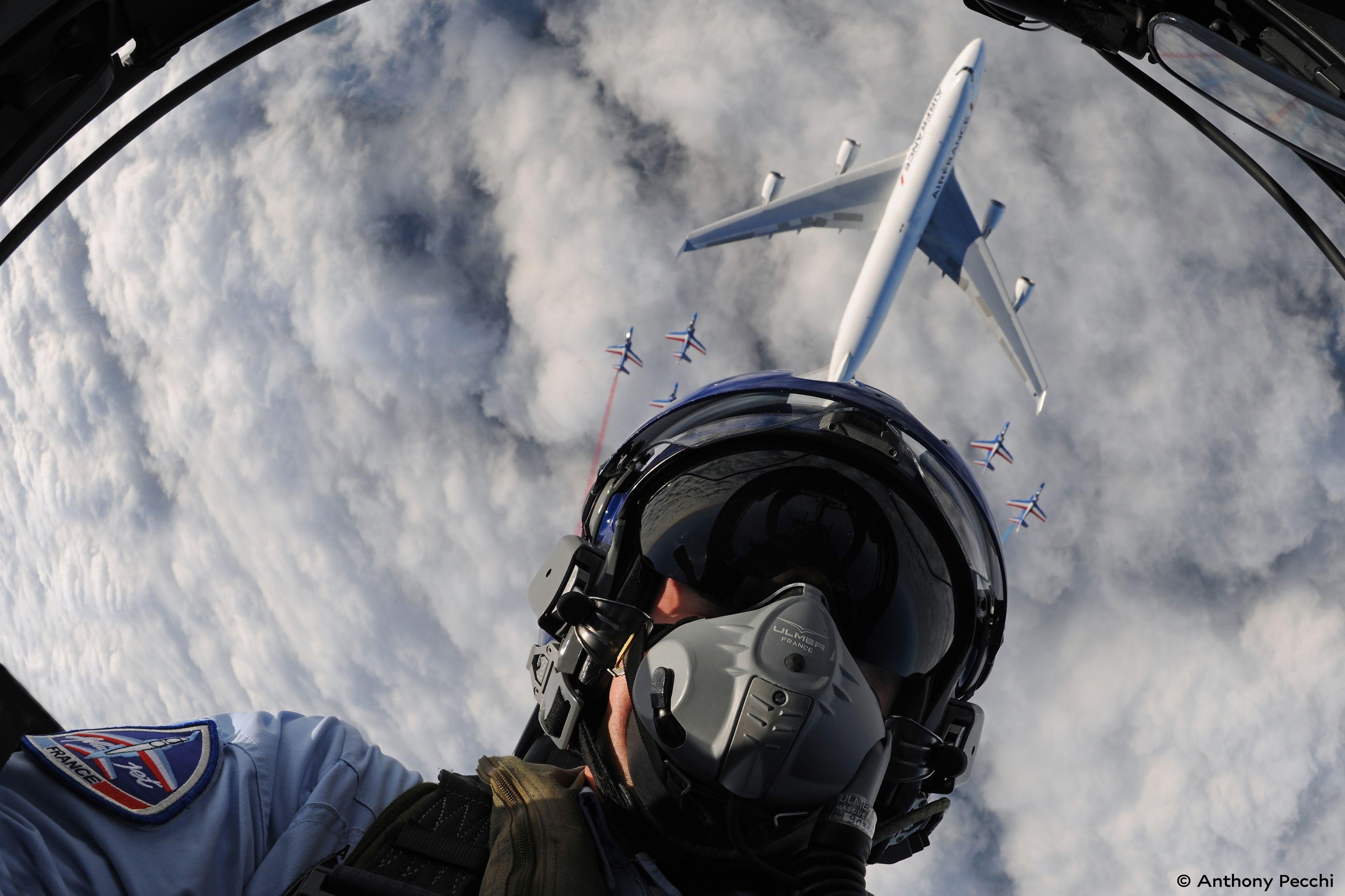 Selfie taken with the Patrouille Acrobatique de France