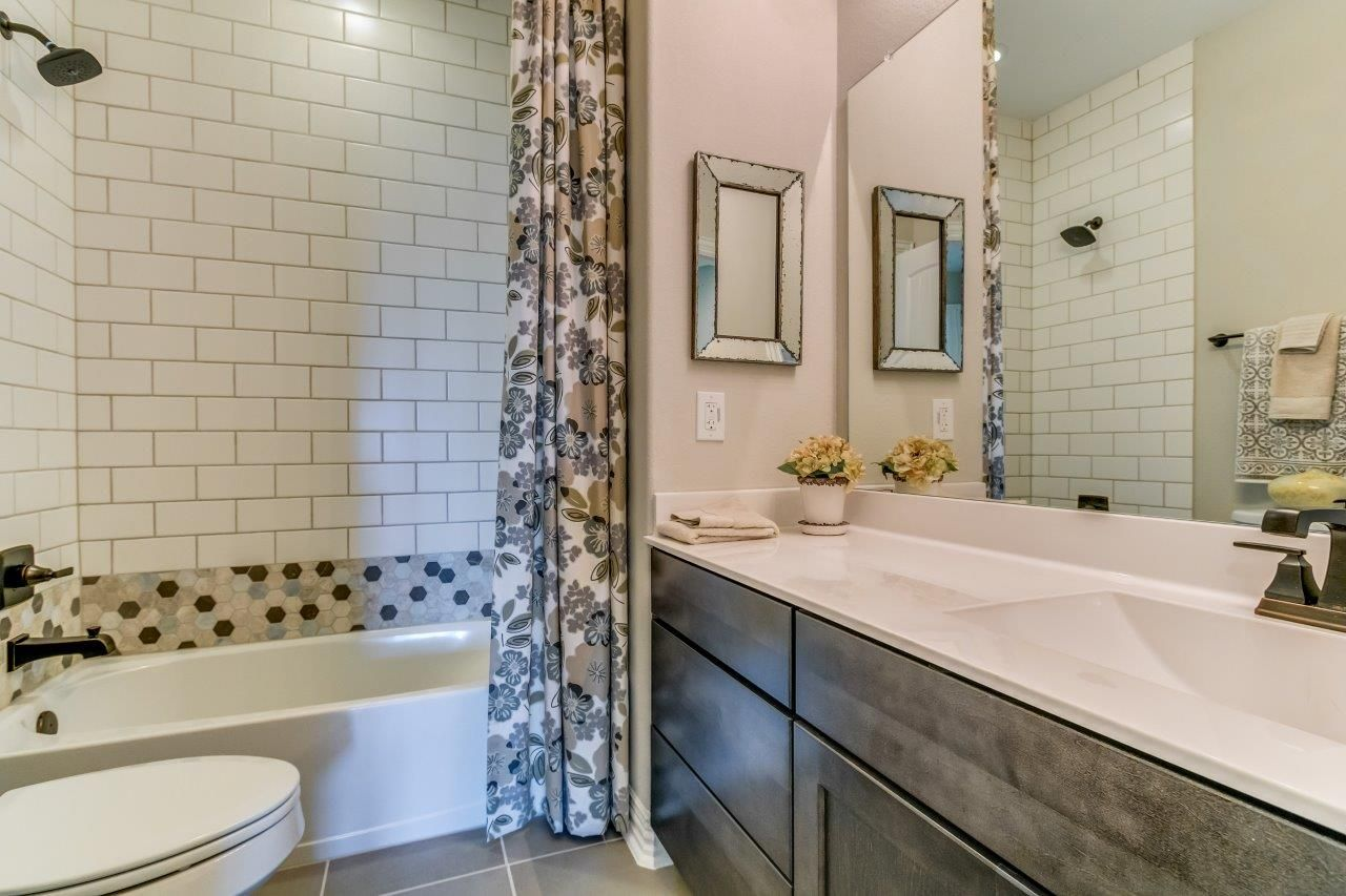 Love The Tile New Home Builders Home Builders New Home