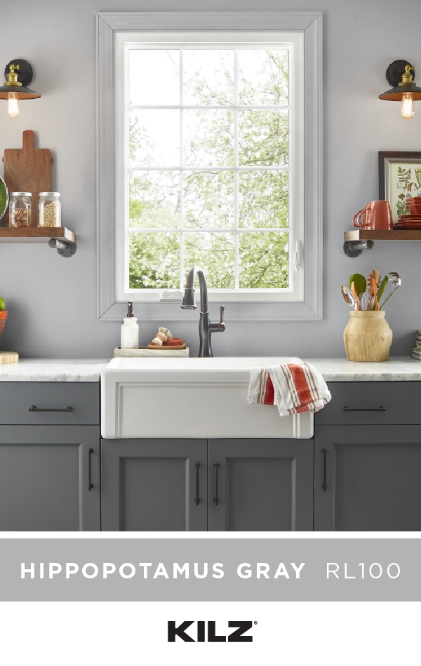 We're loving the classic neutral style of this kitchen ...