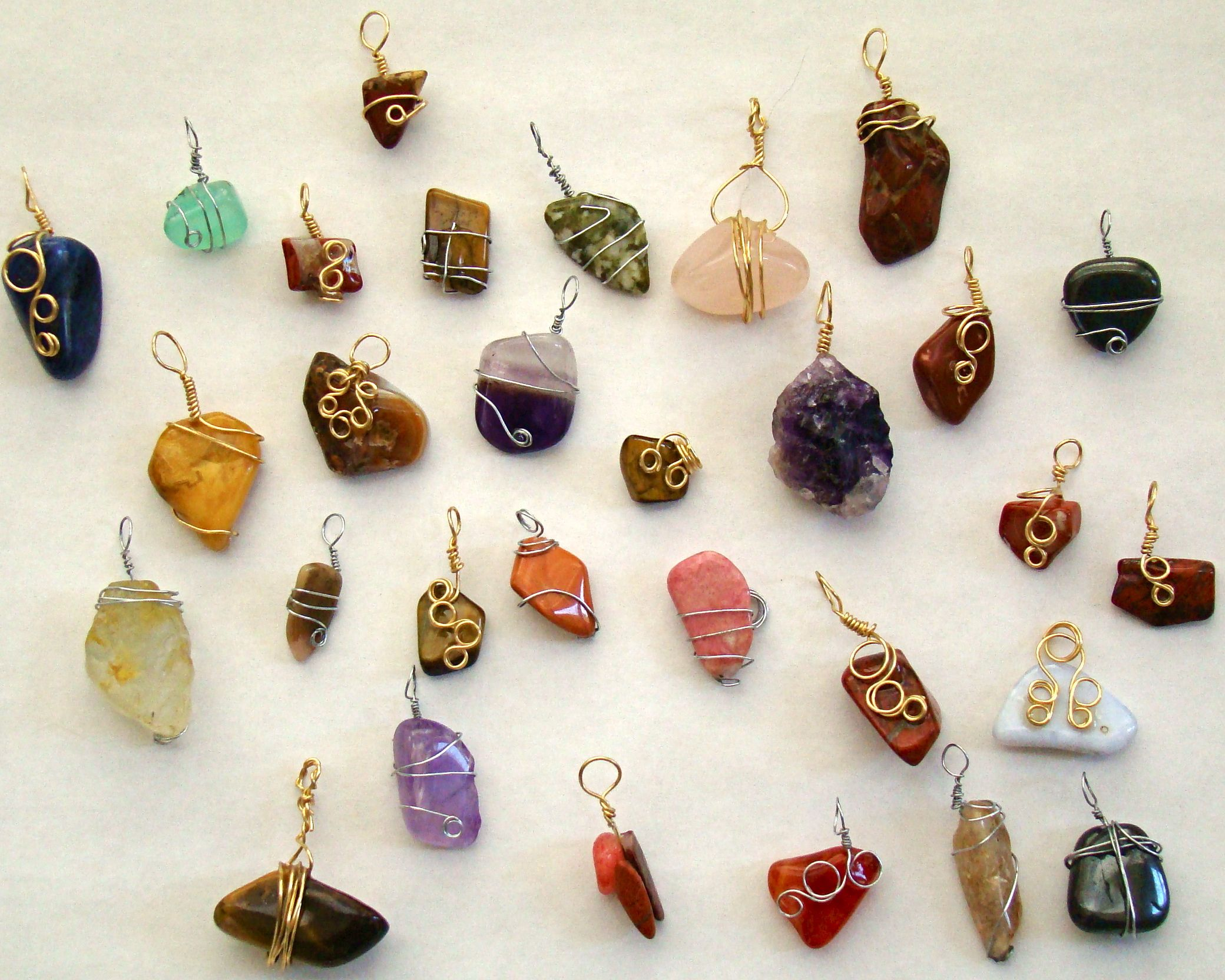 Making Stone And Wire Pendants Wire Wrapping Crystals Wire