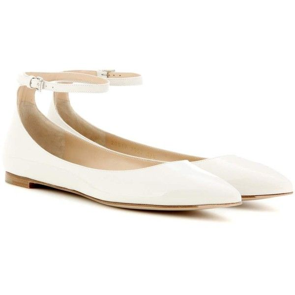 Gianvito Rossi Gia Patent Leather Ballerinas (890 CAD) ❤ liked on Polyvore featuring shoes, flats, white, ballet shoes, patent leather flats, ballerina flat shoes, white ballerina flats and patent leather shoes