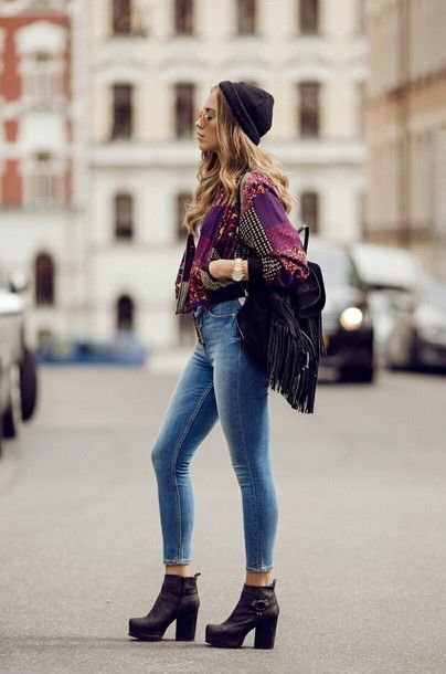 Street style outfits for fall - need these black heeled booties!