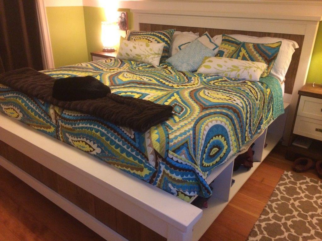 DIY Farmhouse Bed from 2 Ana White Plans   para el hogar   Pinterest ...