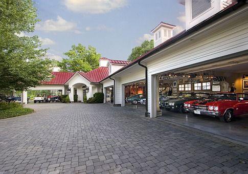 In Pictures Amazing Unusual Garages, 20 Car Garage