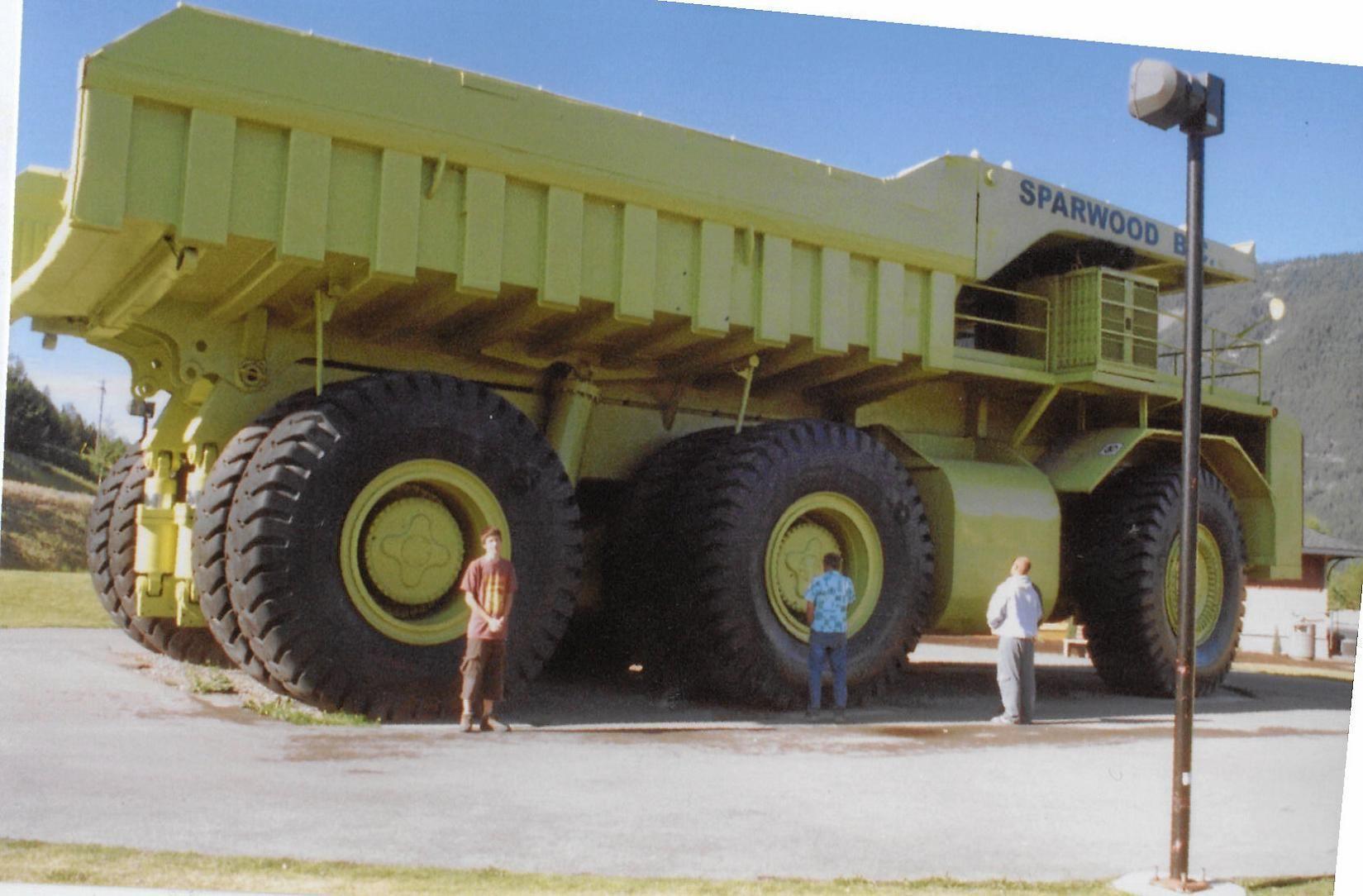 huge dump truck - Dump trucks and rucks on Pinterest