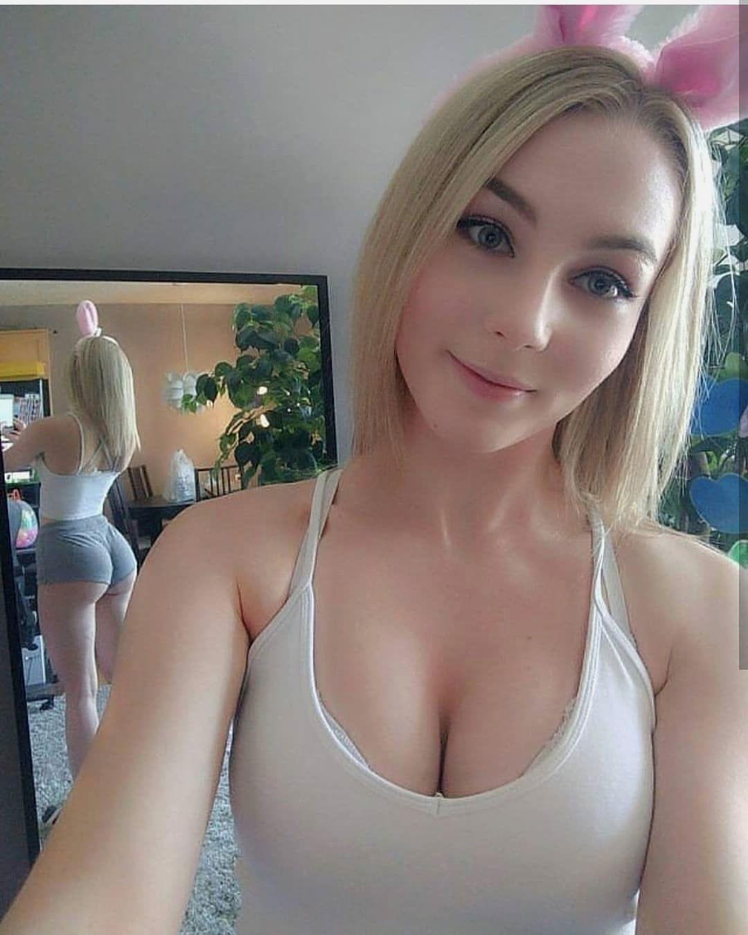 Hot blondie porn clip