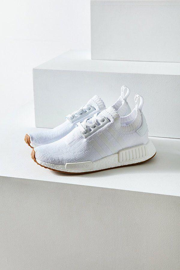 cozy fresh 59c77 591cd Adidas NMD R1 Primeknit Sneaker
