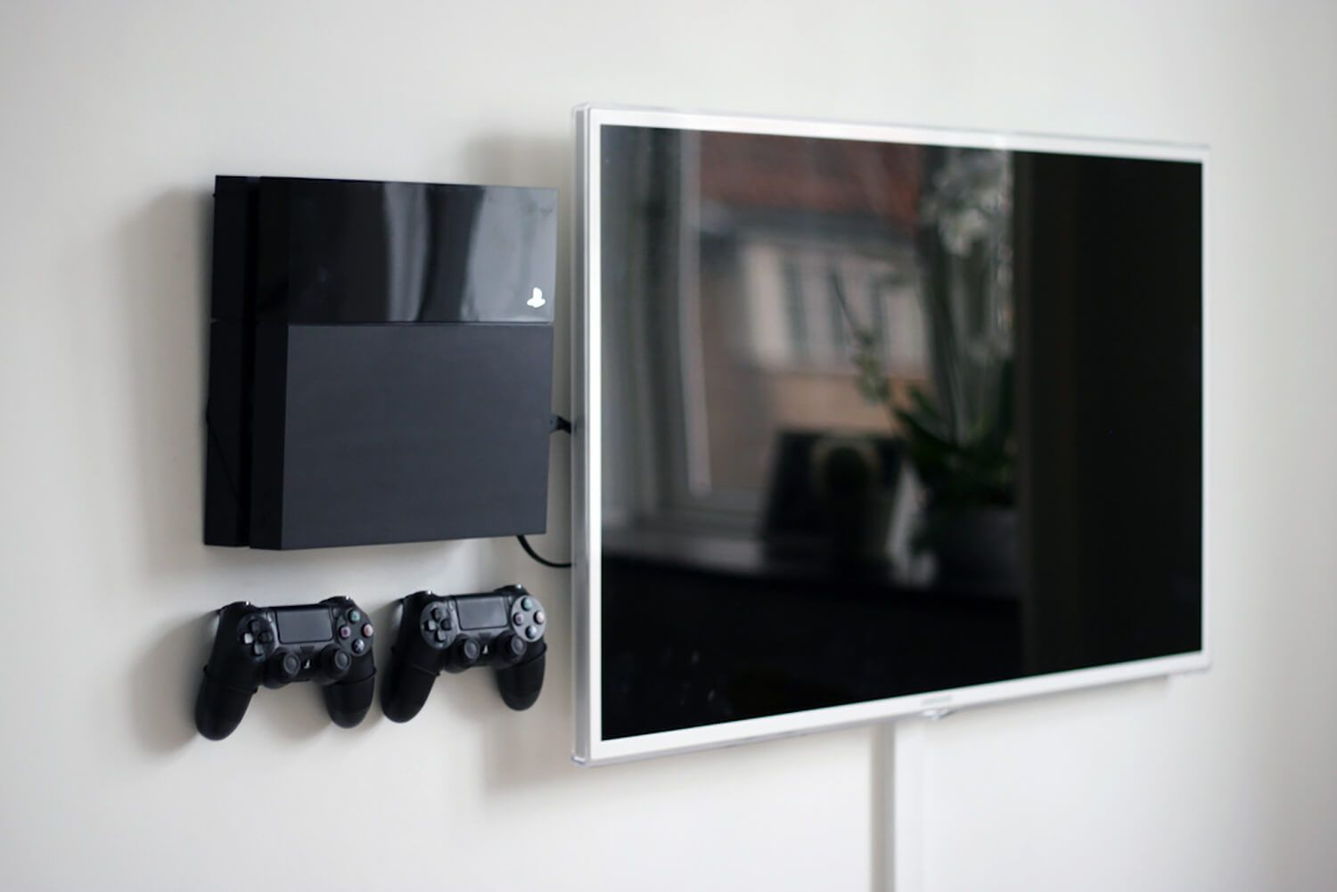 Playstation 4 Original Wall Mount For The Home Soporte