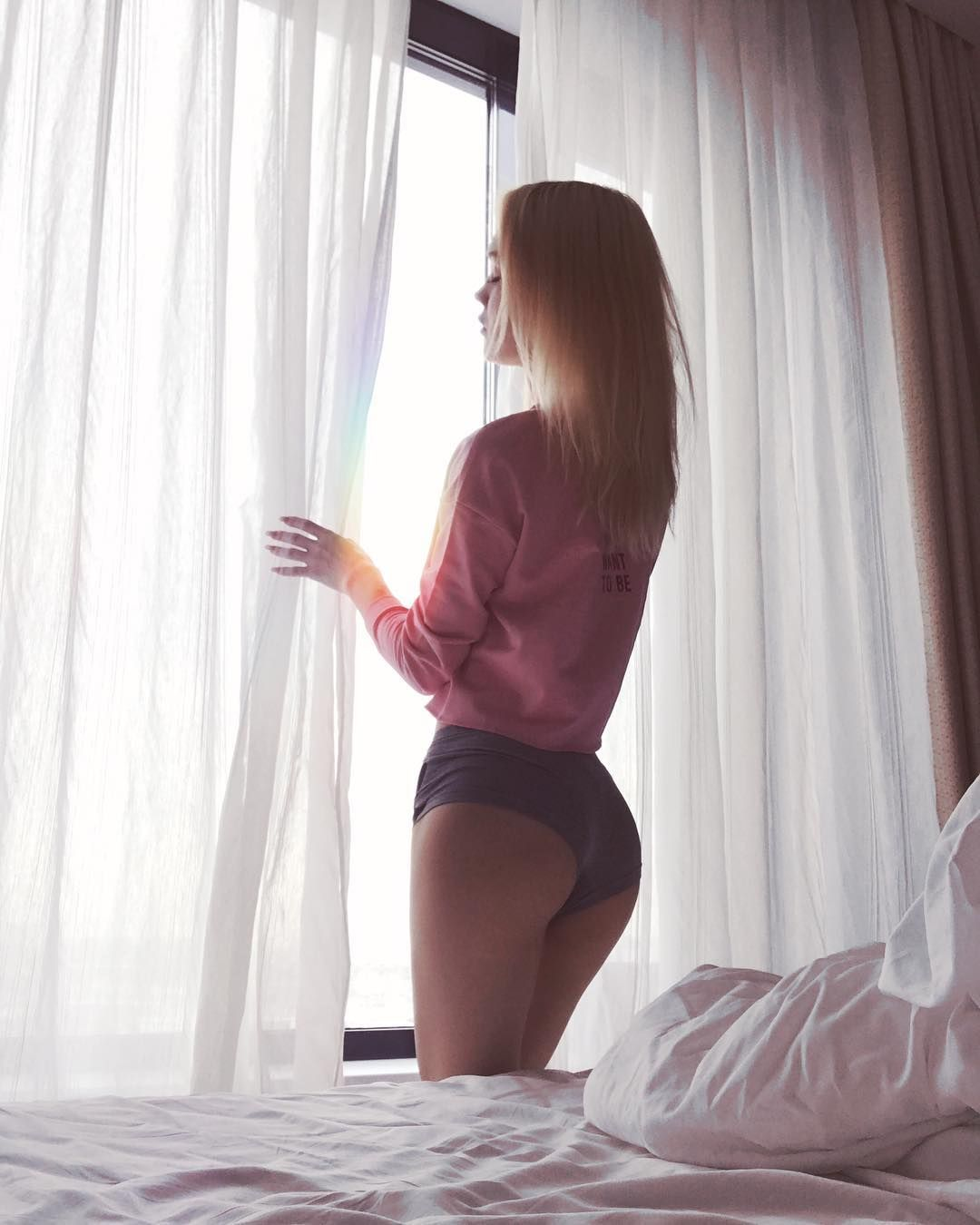 Hot sexy gir models masturbating
